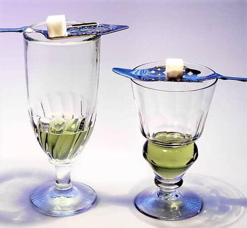 2 copas de absenta