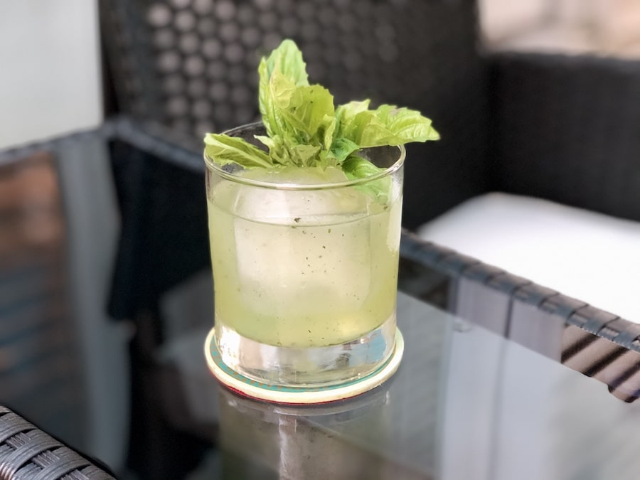 gin basil smash coctel